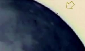 Graban un video de 5 OVNIs aterrizando en la luna