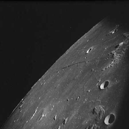 Fotografía posiblemente retocada para ocultar la evidencia - NASA