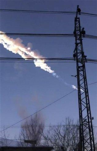 Caída de meteorito en Rusia dejó un centenar de heridos