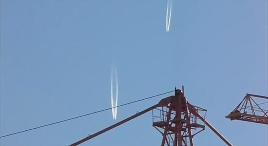 Extraños objetos entrando en la atmósfera de Moscú