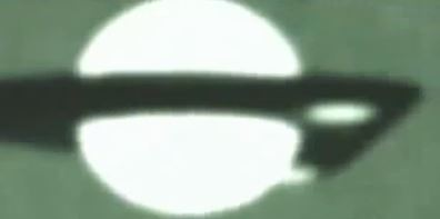 """""""TR-3B"""" ¿construido por un programa secreto en base a tecnología hallada en la Luna a partir de las misones Apolo 20?"""