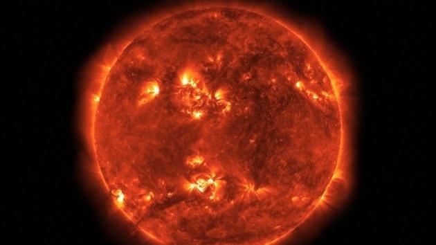 Una fuerte erupción solar puede causar una tormenta magnética el 13 de abril