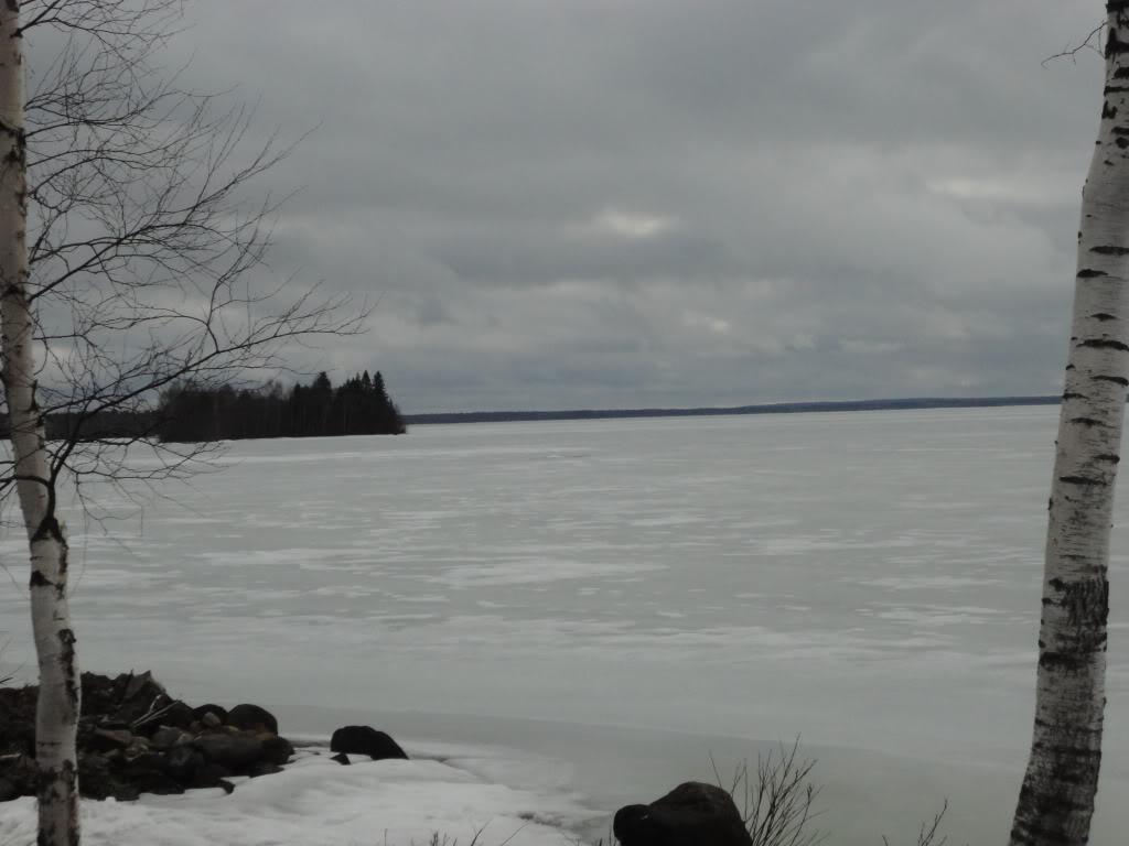 Lago Vedlozero, región Karelia, Rusia - Finlandia