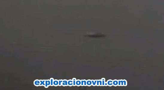 OVNI sobrevolando volcán Turrialba en Costa Rica