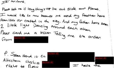 Carta de una escolar describiendo un avistamiento OVNI revelado por el Ministerio de Defensa de Gran Bretaña