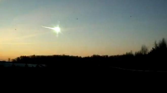 La onda expansiva del meteorito de Rusia dio dos veces la vuelta al mundo