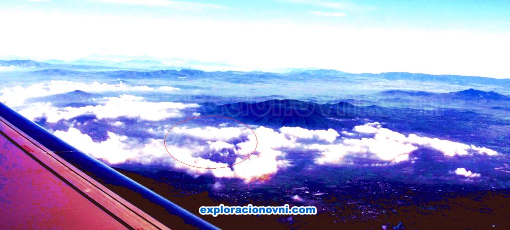 Análisis fotográfico de los objetos voladores sobre Teotihuacán de Arista