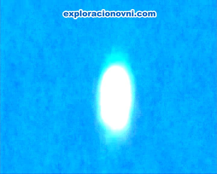 Captura similar a la Imagen N° 1, pero modificada de otra manera. Permite visualizar que algo lo rodea, quizás su luminosidad.