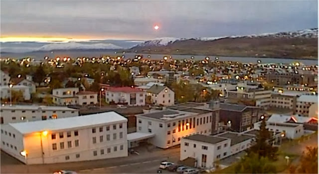 Akureyri, Islandia: Bola luminosa es registrada