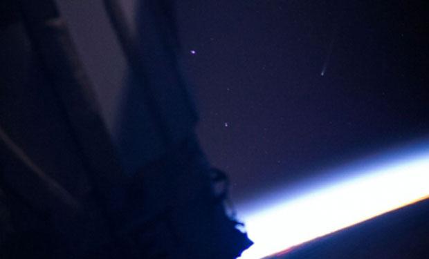 Cometa ISON captado desde la Estación Espacial Internacional