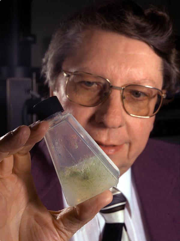 Dr. Richard Hoover