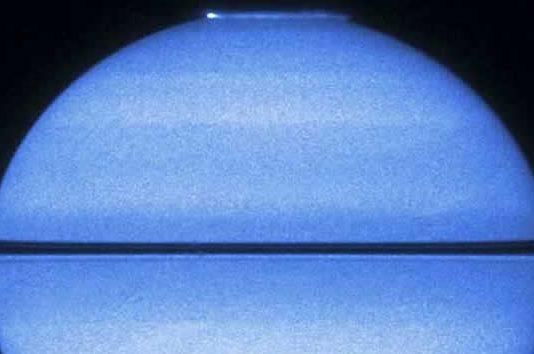Captan auroras en Saturno