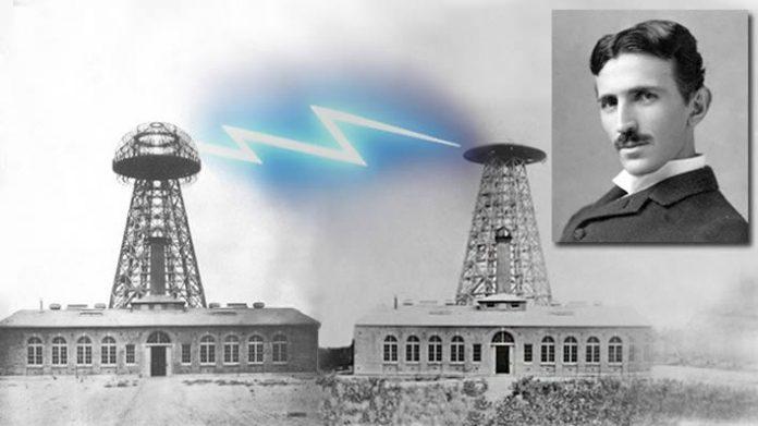 Dos físicos rusos quieren reconstruir la torre Tesla para dar energía sin cables al mundo