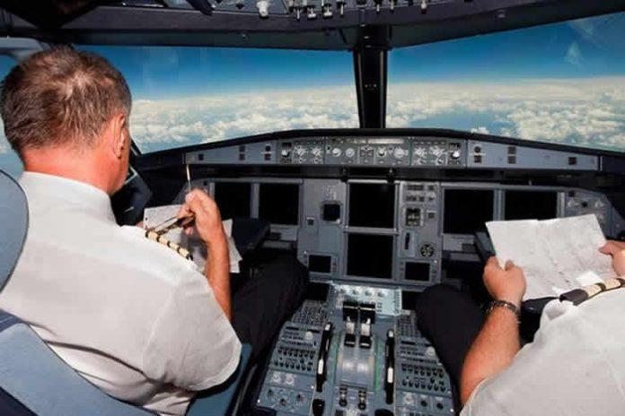 Hombre volador es avistado por pilotos comerciales en Reino Unido