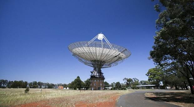 El radiotelescopio Parkes de 64 metros en New South Wales, Australia.