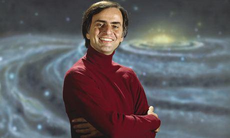 Carl Sagan (Cosmos).