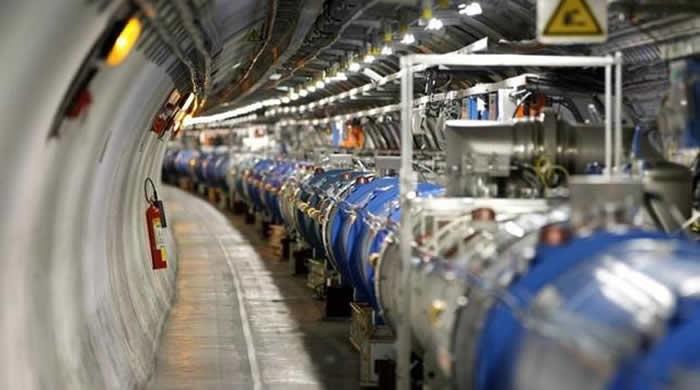 Una vista general del Gran Colisionador de Hadrones (LHC).