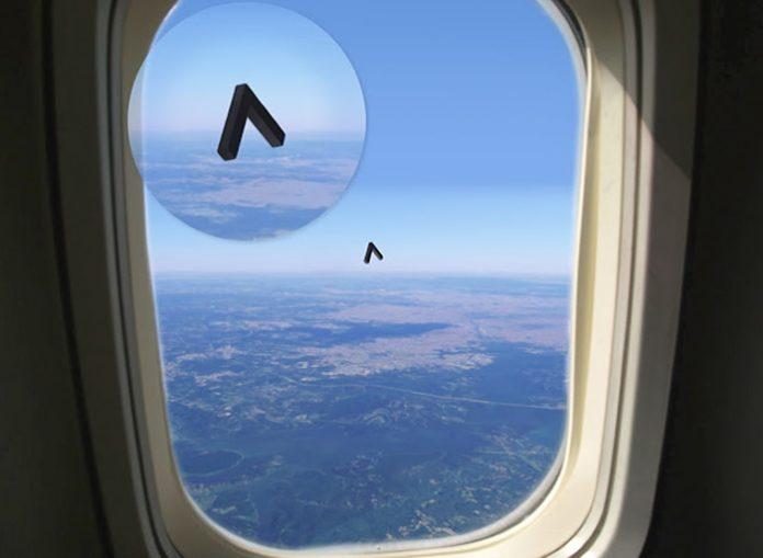 estigo reporta avistamiento de OVNI con forma de boomerang desde un vuelo en Brasil.