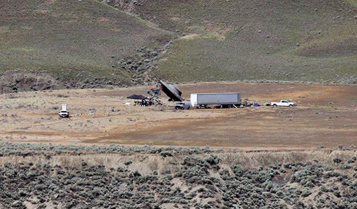 Se especula que este UFO Crash de utiliería sería parte del rodaje de la nueva temporada de la serie