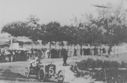 OVNI fotografiado en Francia. Año 1910.