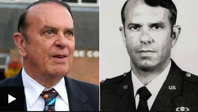 Coronel Charles Halt vio un objeto volador no identificado sobre una base aérea de Suffolk en 1980.