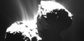 Astrónomos de la Universidad de Buckingham y de la Universidad de Cardiff afirman que el cometa 67P podría albergar vida extraterrestre.