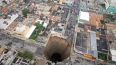 El impresionante agujero de Guatemala, que se abrió en 2010.