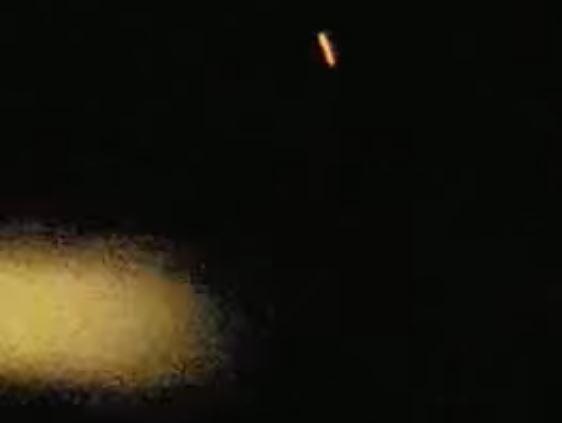 """Segunda toma del impresionante avistamiento de objeto volador anómalo y """"bola de fuego"""" sobre Azután, España."""