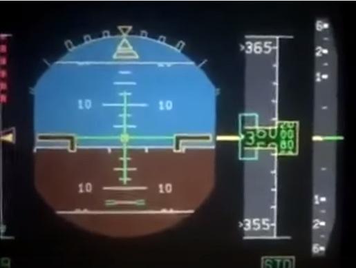 Panel de Airbus filmada muestra la altitud de 36.000 pies.