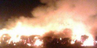 Vecinos hablan de la caída de un objeto del espacio que causó incendios en la zona.
