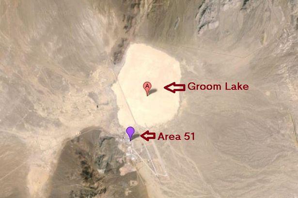 Vista aérea de la mina Groom y el Área 51.