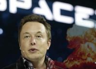 Lanzar bombas nucleares a Marte es un posible plan para hacerlo habitable, según Elon Musk.