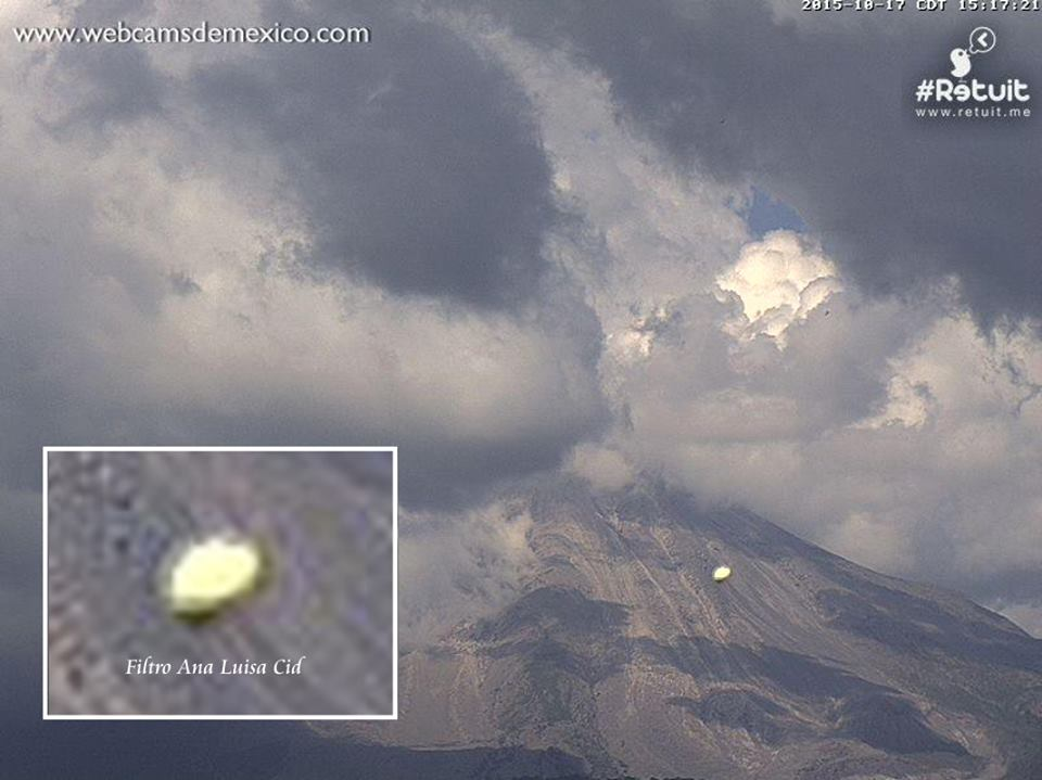 Objeto volador anómalo fotografiado cerca del volcán Colima, México.