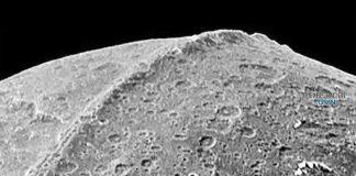 Investigador afirma que Base Alienígena fue descubierta en la tercera luna de Saturno